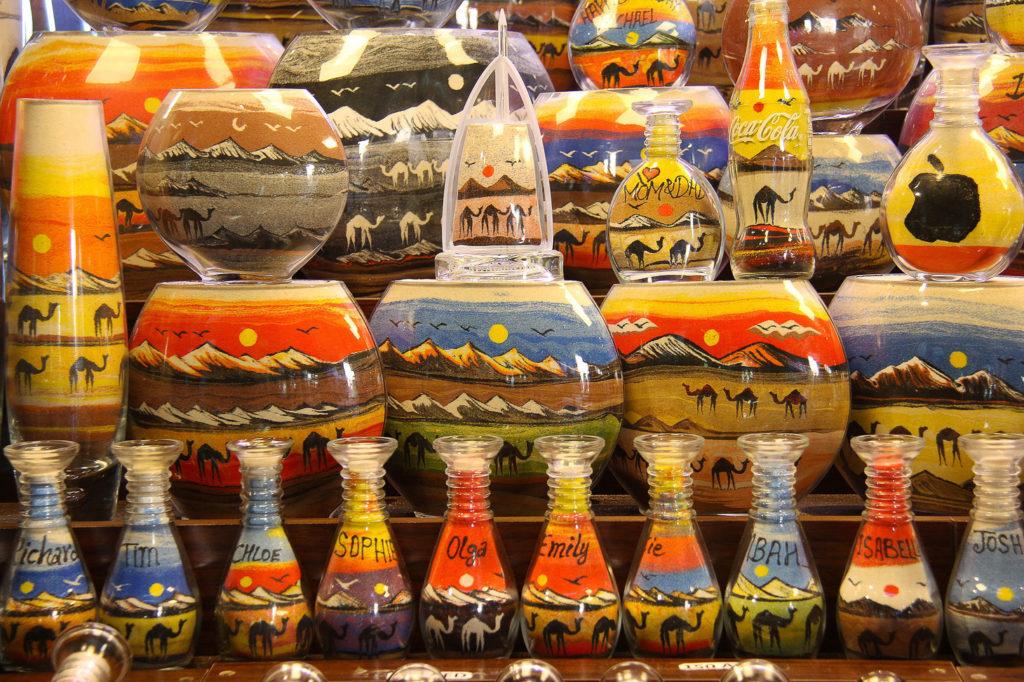 Как сэкономить на сувенирах в Дубае